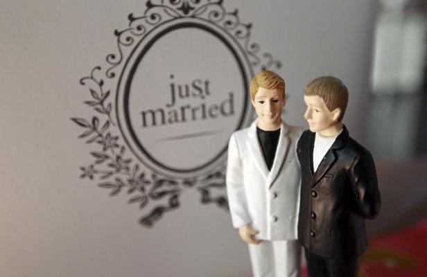 le mariage pour tous devient r alit pierre yves le borgn 39. Black Bedroom Furniture Sets. Home Design Ideas